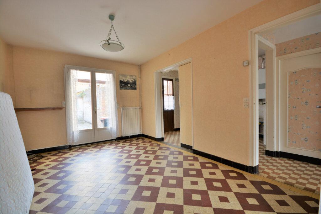 Maison à vendre 4 70.25m2 à Abbeville vignette-4