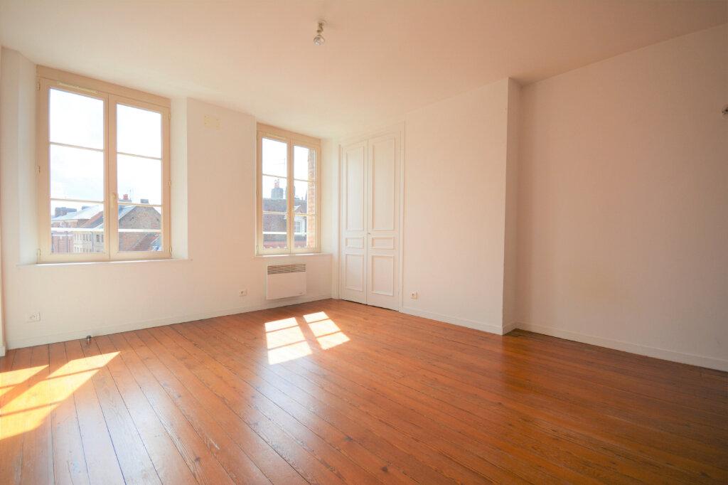 Appartement à louer 2 38.62m2 à Abbeville vignette-1
