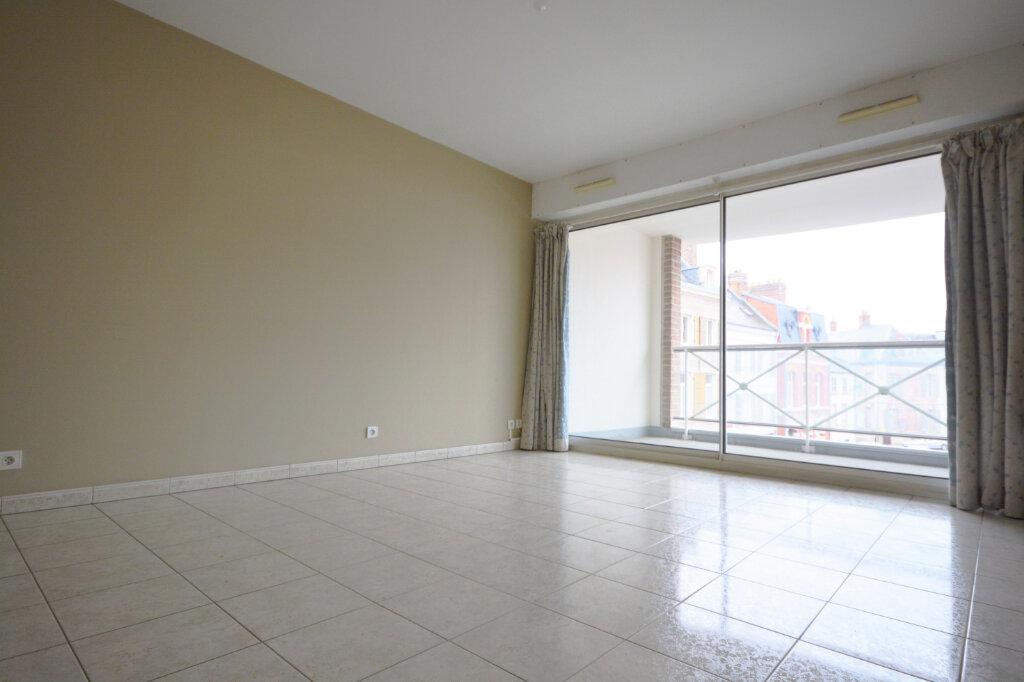 Appartement à louer 2 38.3m2 à Abbeville vignette-1