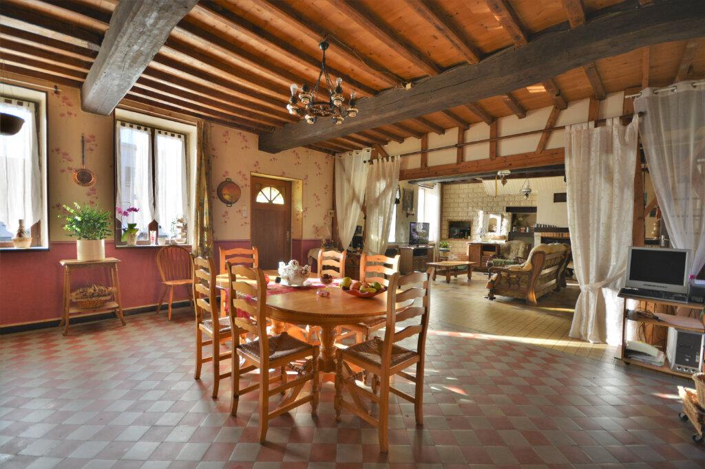 Maison à vendre 6 210m2 à Le Boisle vignette-2