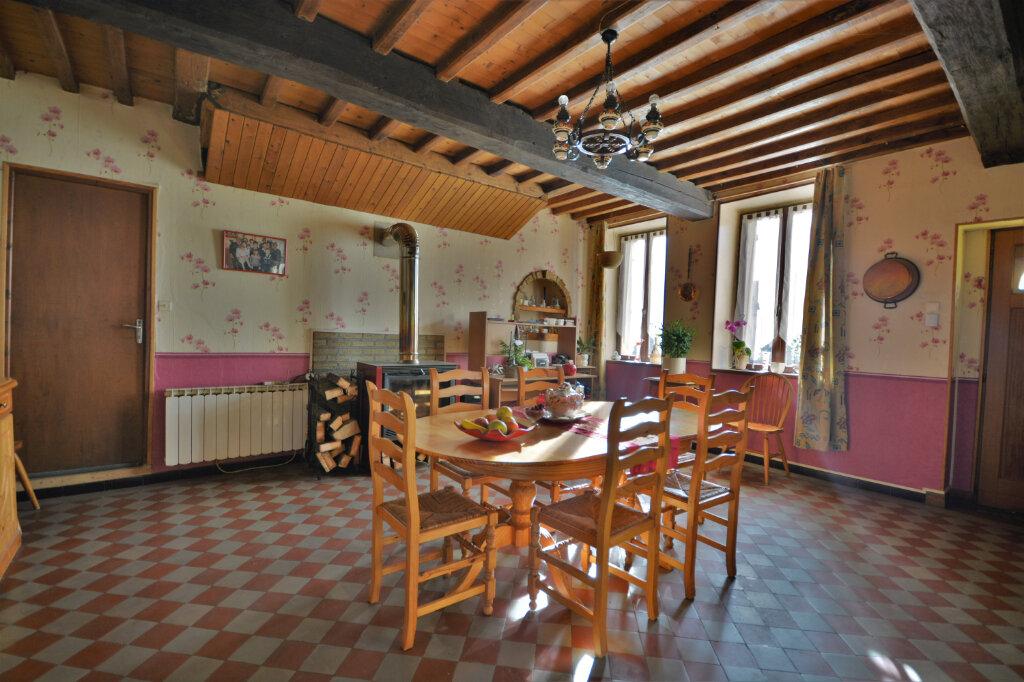 Maison à vendre 6 210m2 à Le Boisle vignette-3