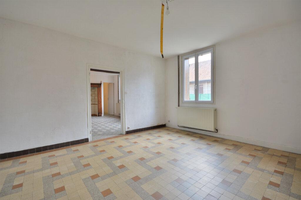Maison à vendre 8 169.9m2 à Maison-Ponthieu vignette-1