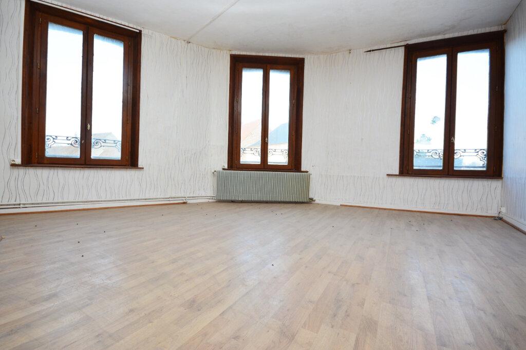 Appartement à louer 3 63.23m2 à Rue vignette-1