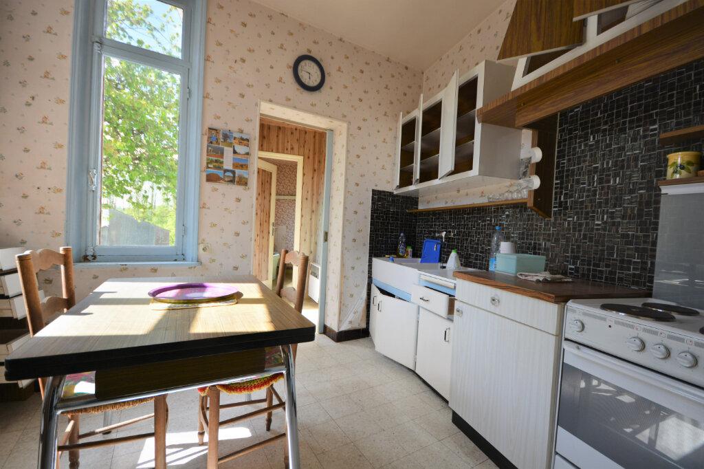Maison à vendre 4 116.43m2 à Auxi-le-Château vignette-1