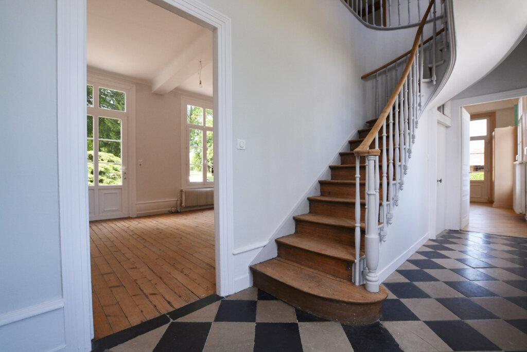 Maison à louer 5 204.95m2 à Gorenflos vignette-5