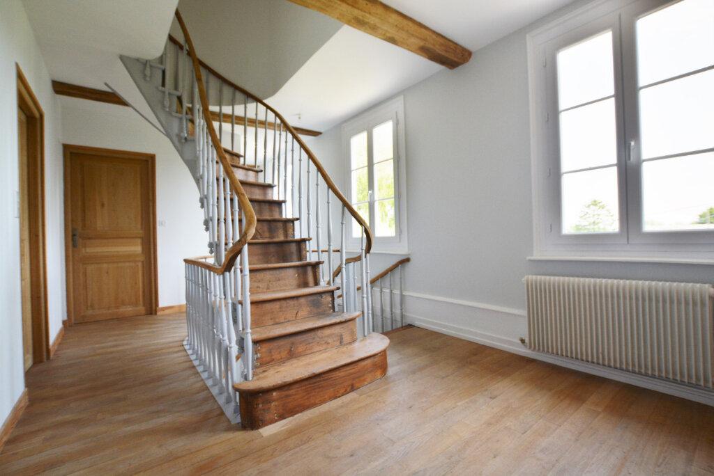 Maison à louer 5 204.95m2 à Gorenflos vignette-6