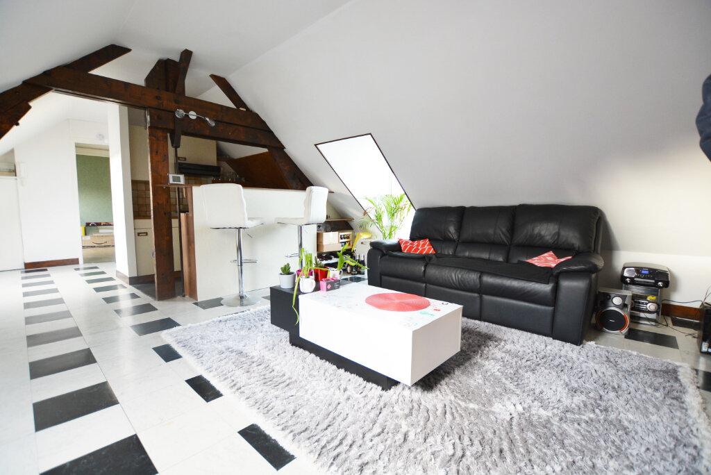Appartement à louer 3 41.79m2 à Abbeville vignette-1