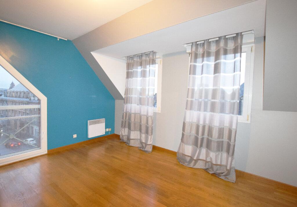 Appartement à louer 3 71.25m2 à Abbeville vignette-3