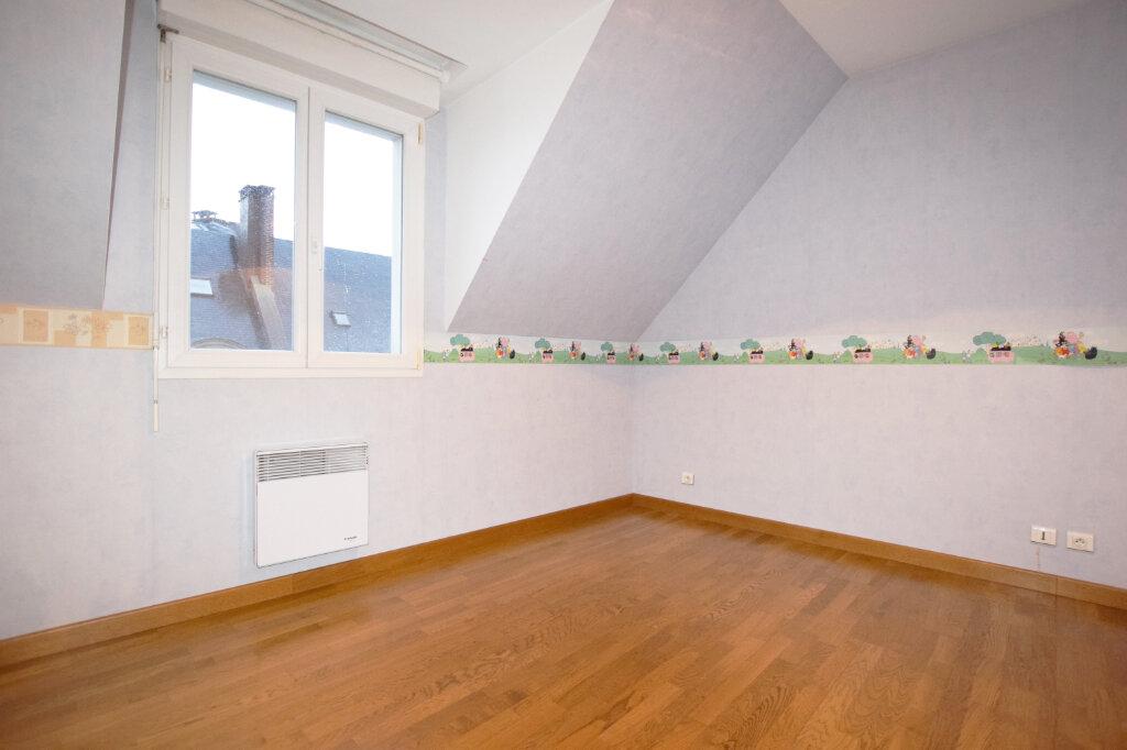 Appartement à louer 3 71.25m2 à Abbeville vignette-4