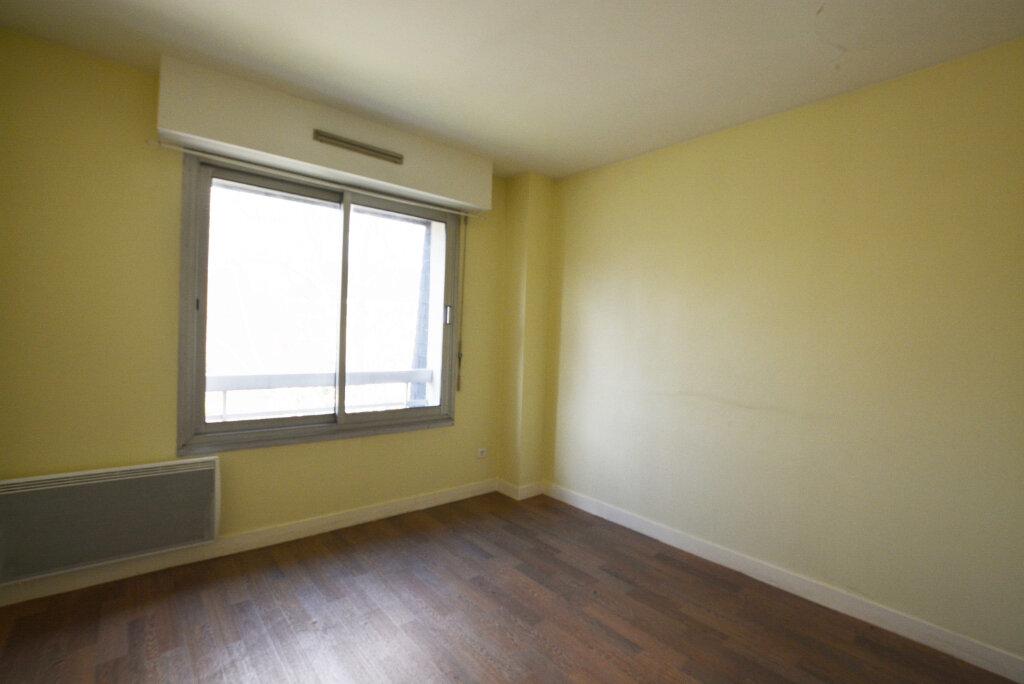Appartement à louer 2 45.1m2 à Abbeville vignette-2