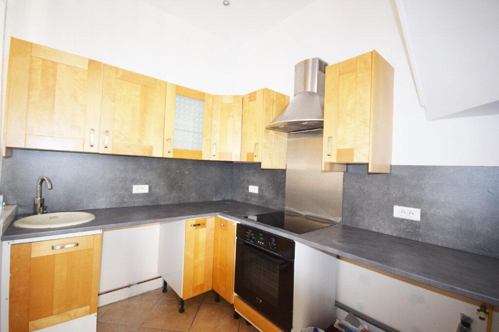 Appartement à louer 4 85.31m2 à Abbeville vignette-6