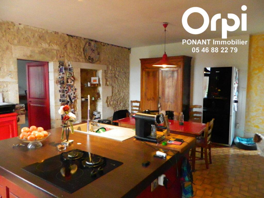 Maison à vendre 5 239m2 à Tonnay-Charente vignette-2