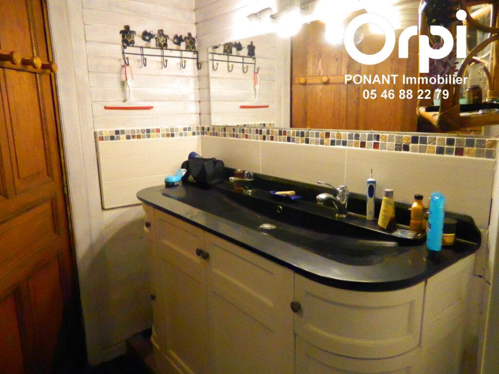 Maison à vendre 5 239m2 à Tonnay-Charente vignette-6