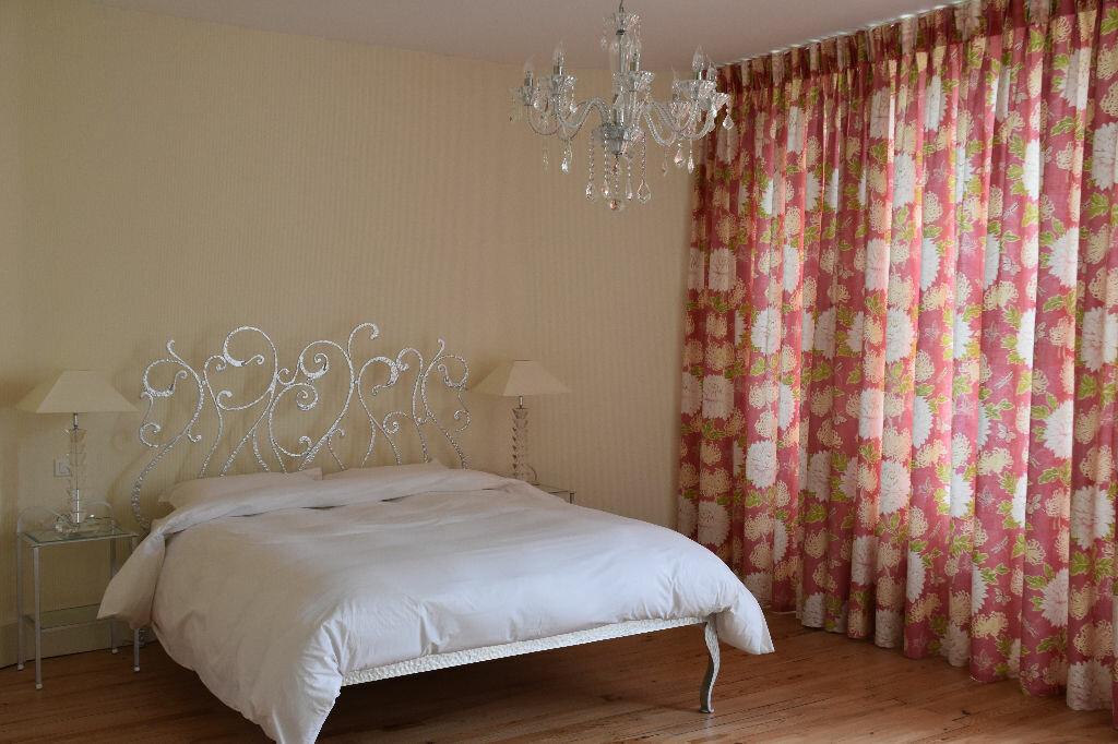 Appartement à vendre 4 298m2 à Rochefort vignette-9