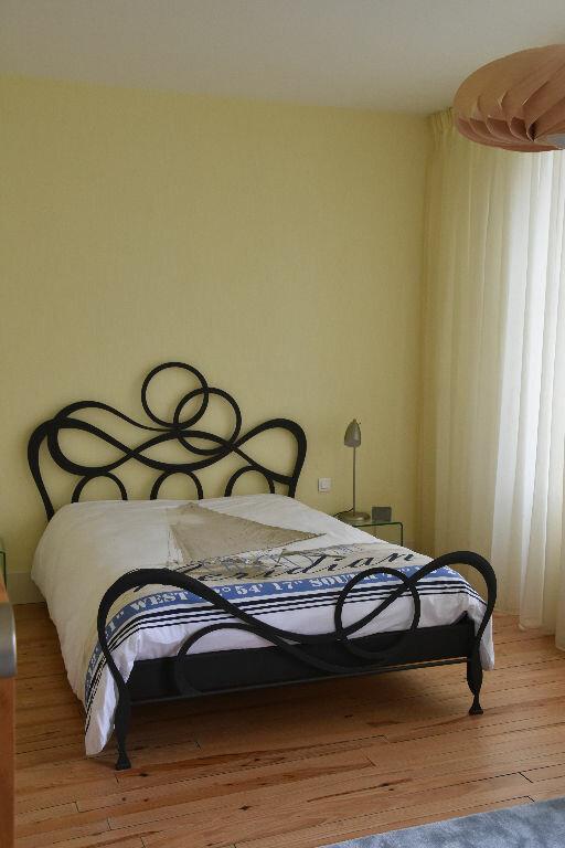 Appartement à vendre 4 298m2 à Rochefort vignette-10