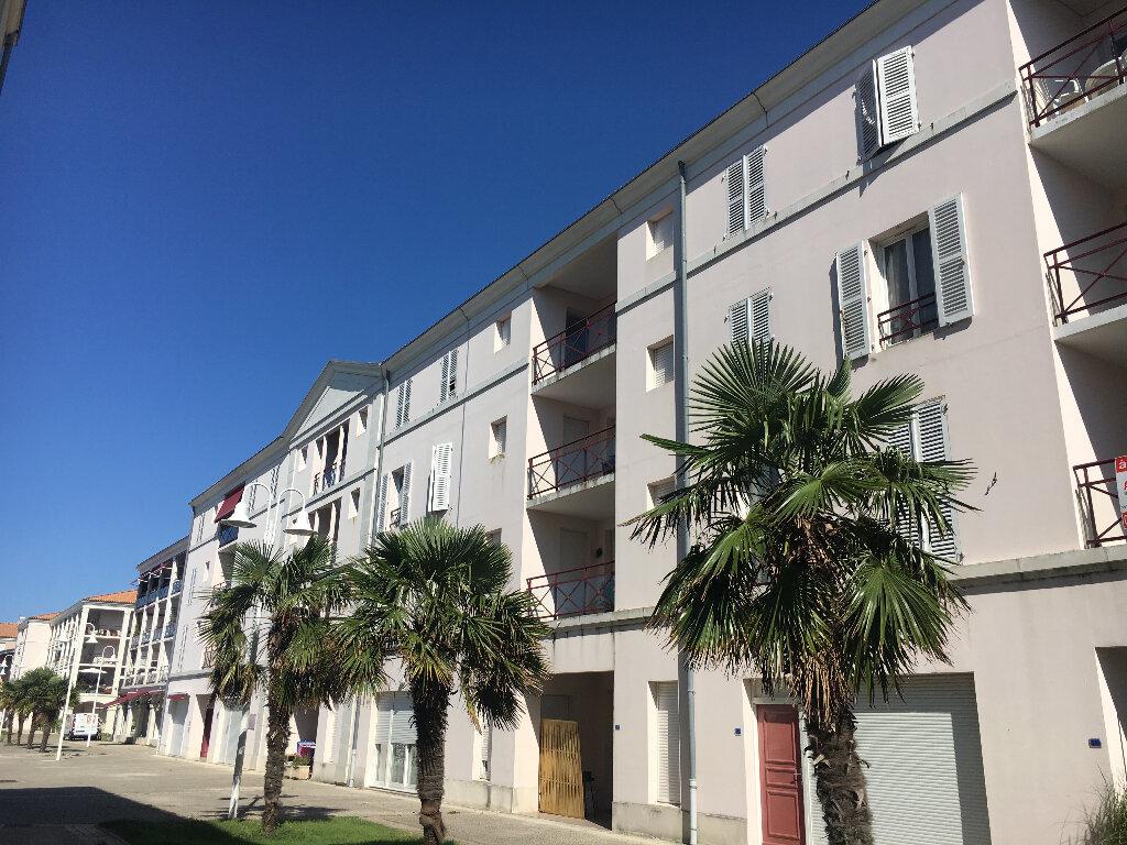 Appartement à louer 3 69m2 à Rochefort vignette-1