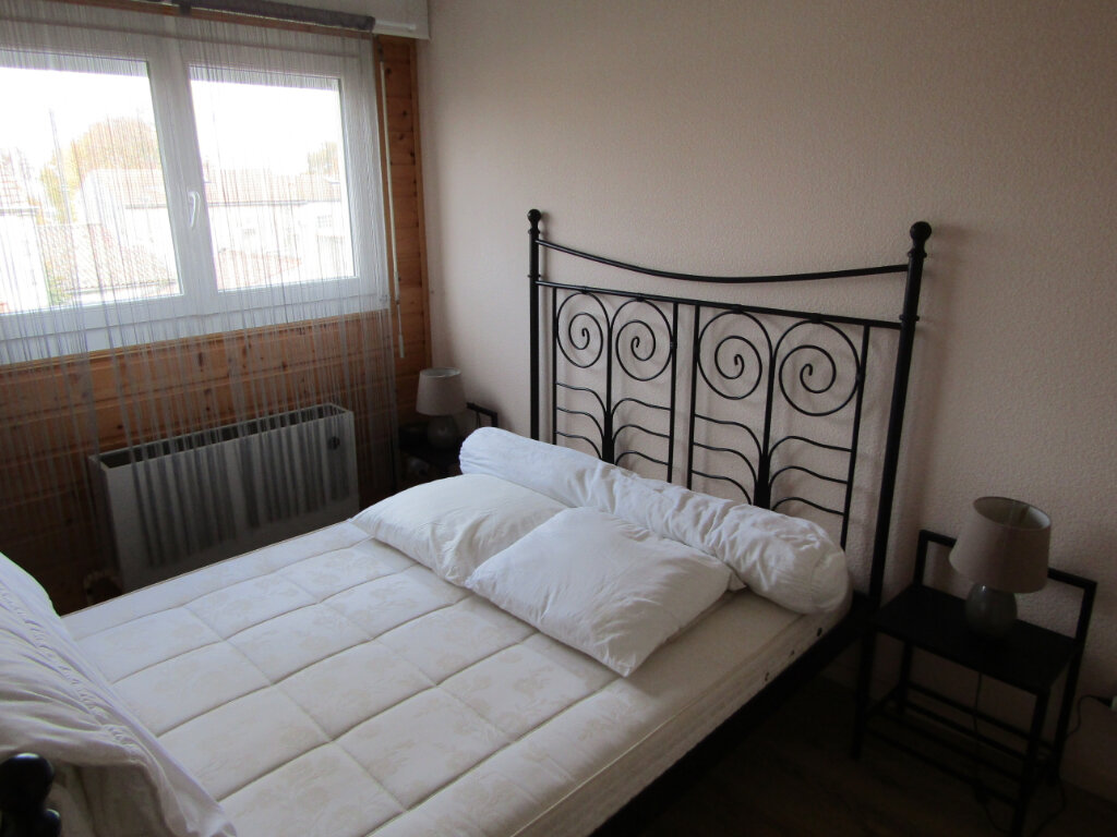 Appartement à vendre 2 63m2 à Rochefort vignette-4