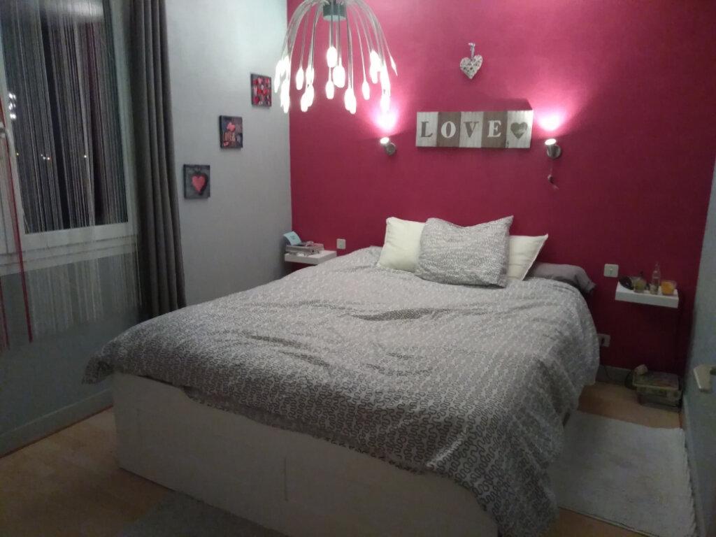 Appartement à vendre 3 69m2 à Rochefort vignette-5