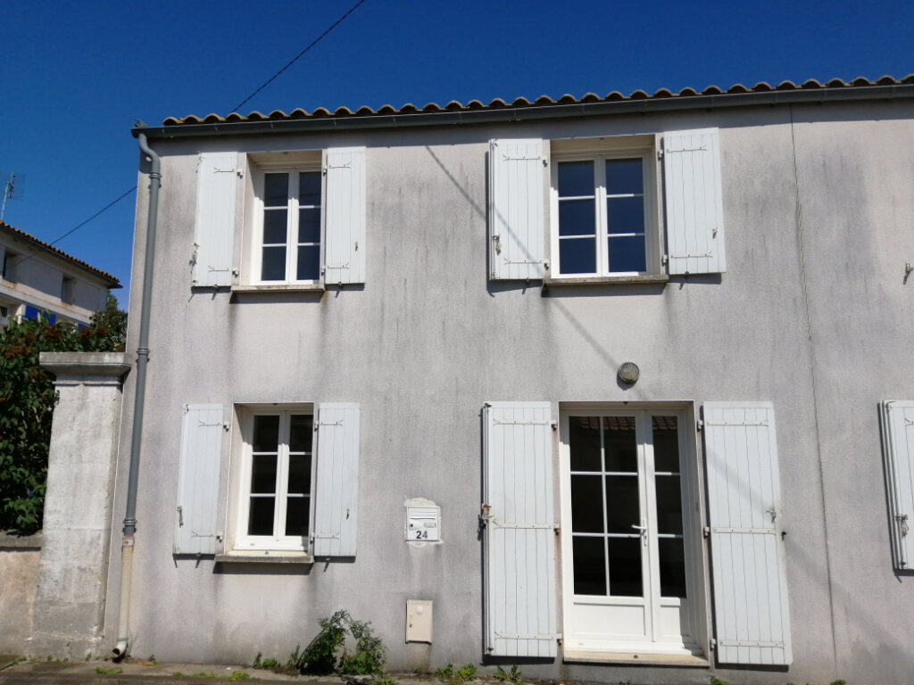 Maison à louer 2 44m2 à Rochefort vignette-2