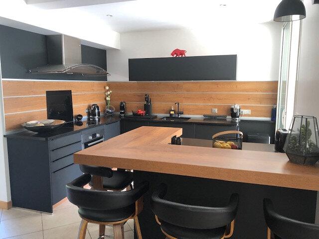 Maison à vendre 6 324m2 à Rochefort vignette-5