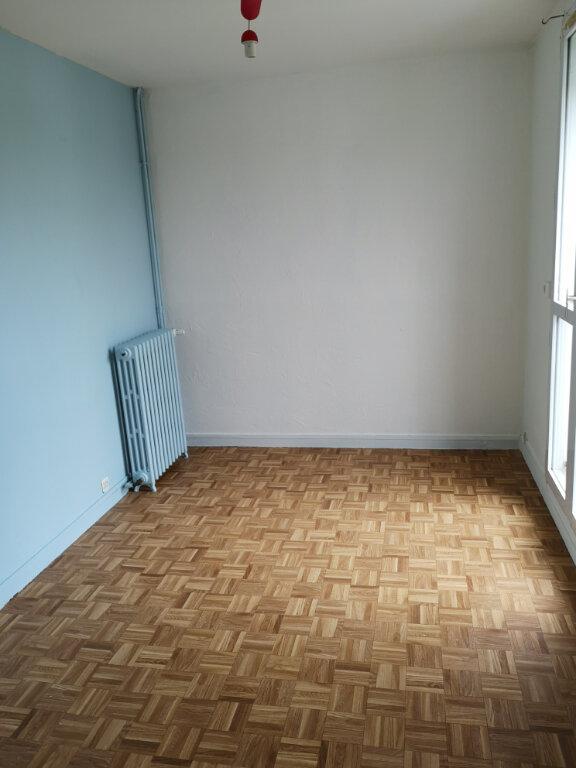 Appartement à vendre 3 54m2 à Rochefort vignette-3