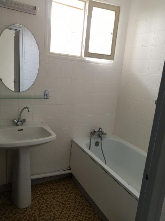 Appartement à vendre 3 54m2 à Rochefort vignette-4