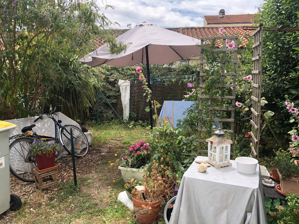 Maison à louer 3 57.12m2 à Rochefort vignette-2