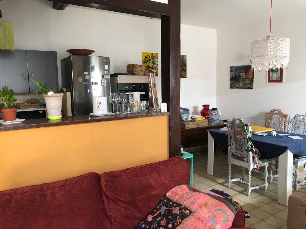 Maison à louer 3 57.12m2 à Rochefort vignette-4