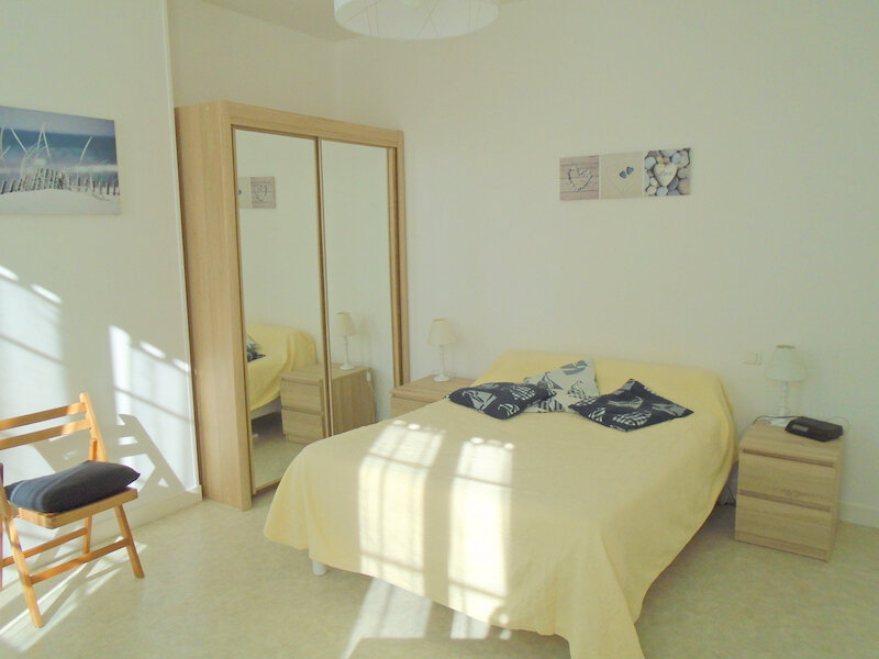 Appartement à louer 2 42.4m2 à Rochefort vignette-3