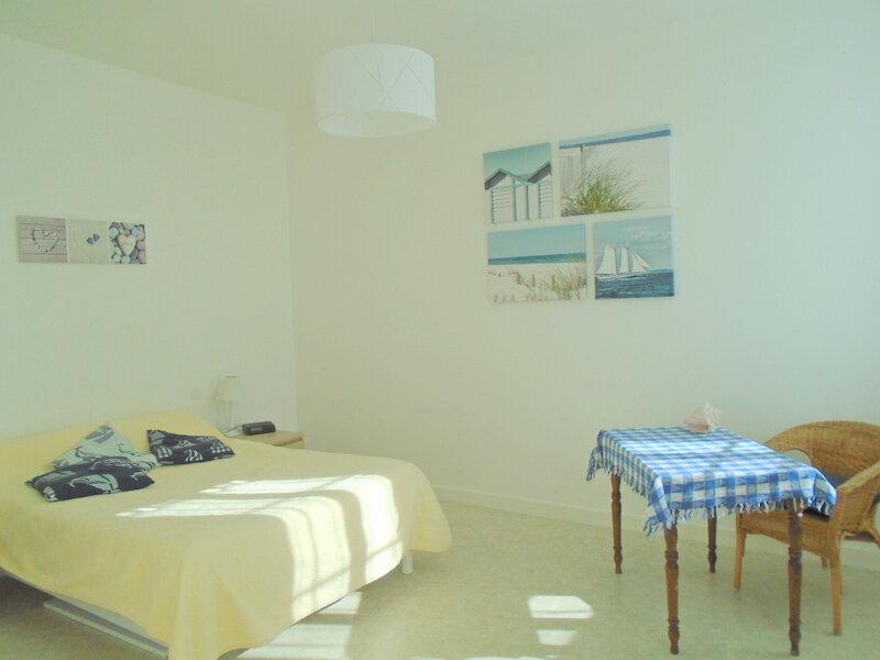 Appartement à louer 2 42.4m2 à Rochefort vignette-6
