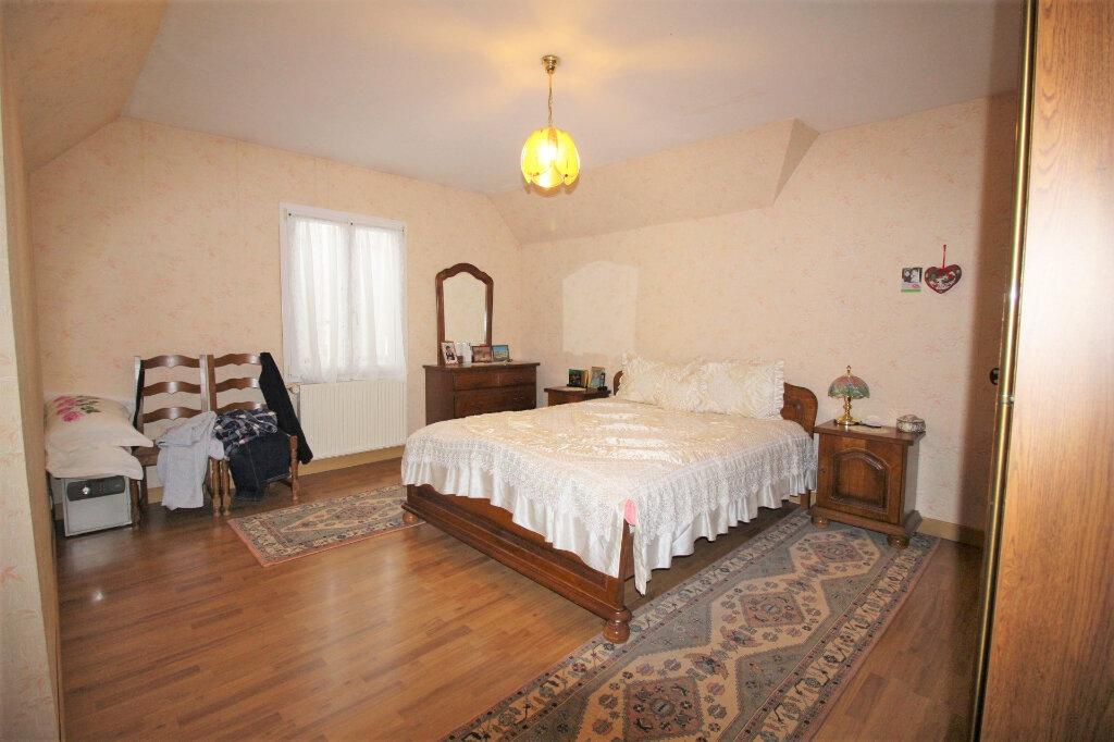 Maison à vendre 7 192m2 à Étampes vignette-4