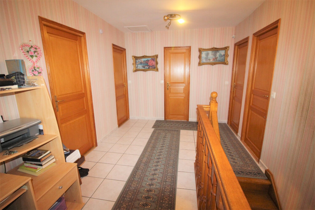 Maison à vendre 7 192m2 à Étampes vignette-9