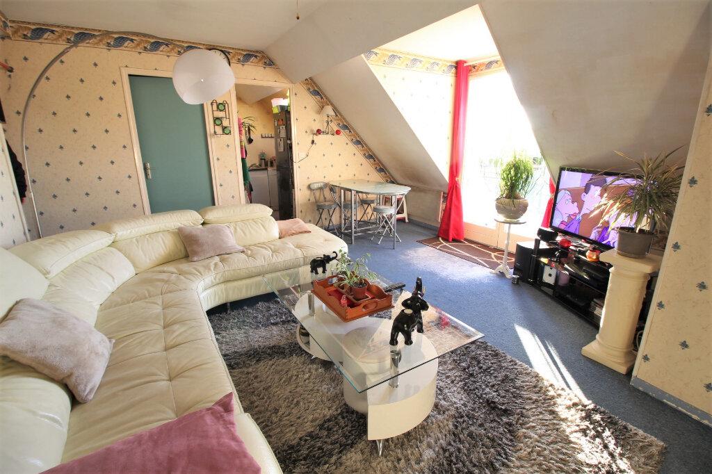 Appartement à vendre 4 61m2 à Angerville vignette-1