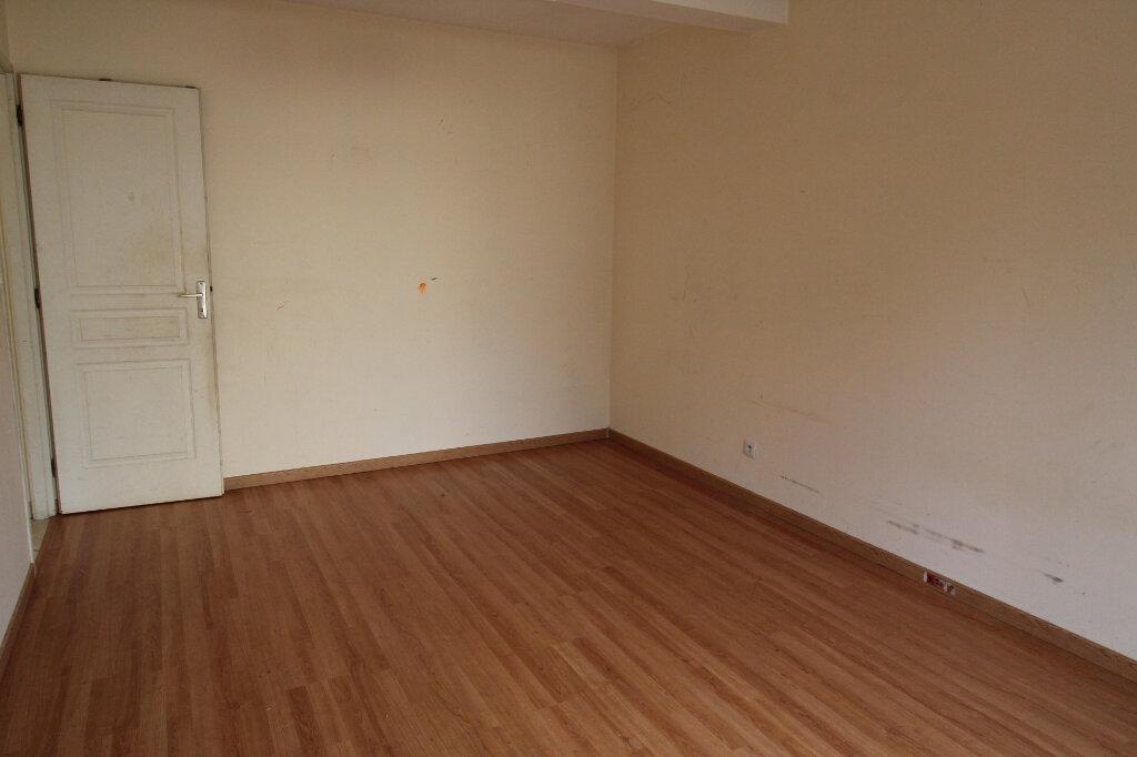 Maison à vendre 5 121m2 à Saclas vignette-8