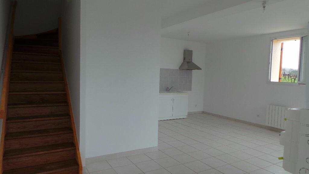 Maison à louer 3 65m2 à Saint-Maixant vignette-1