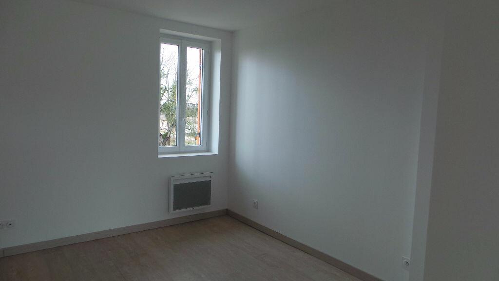 Maison à louer 3 65m2 à Saint-Maixant vignette-5