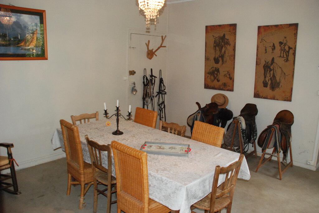 Maison à vendre 4 152.5m2 à Brannens vignette-6