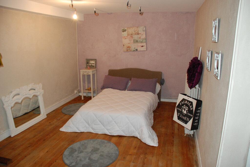 Maison à vendre 4 152.5m2 à Brannens vignette-7