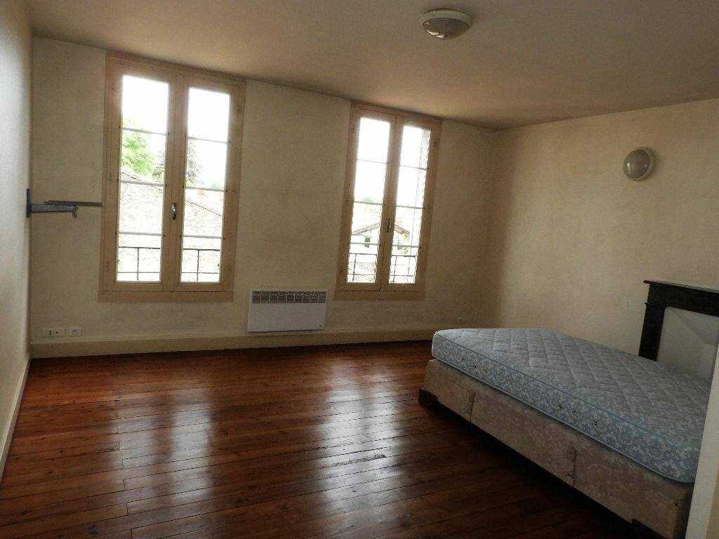 Appartement à louer 1 23m2 à Bazas vignette-1