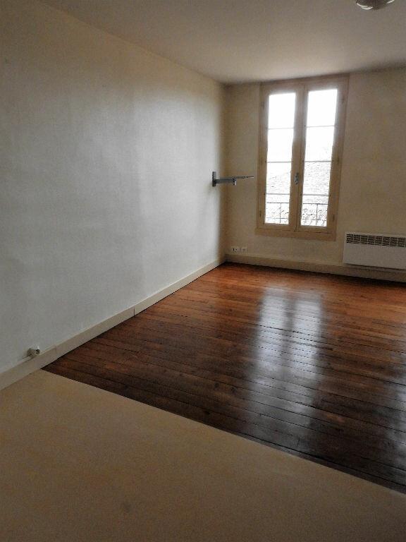 Appartement à louer 1 23m2 à Bazas vignette-2
