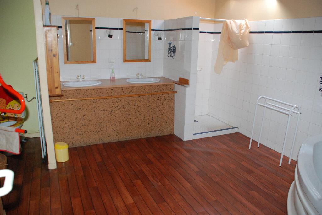 Maison à vendre 10 350m2 à Lamothe-Landerron vignette-13