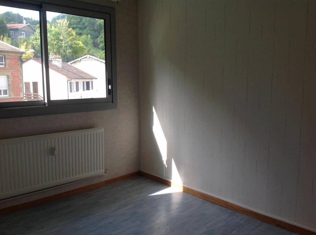 Appartement à louer 5 100m2 à Bar-le-Duc vignette-3