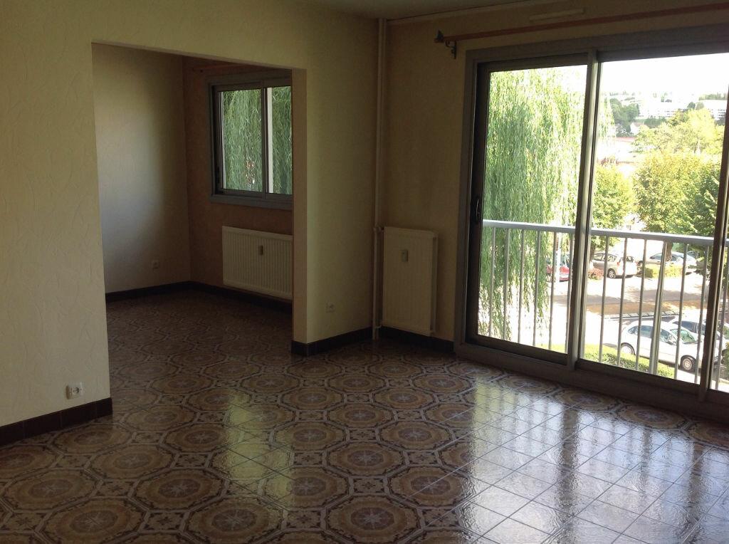 Appartement à louer 5 100m2 à Bar-le-Duc vignette-5
