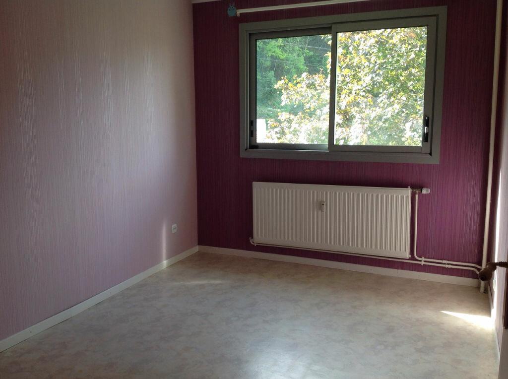 Appartement à louer 5 100m2 à Bar-le-Duc vignette-7