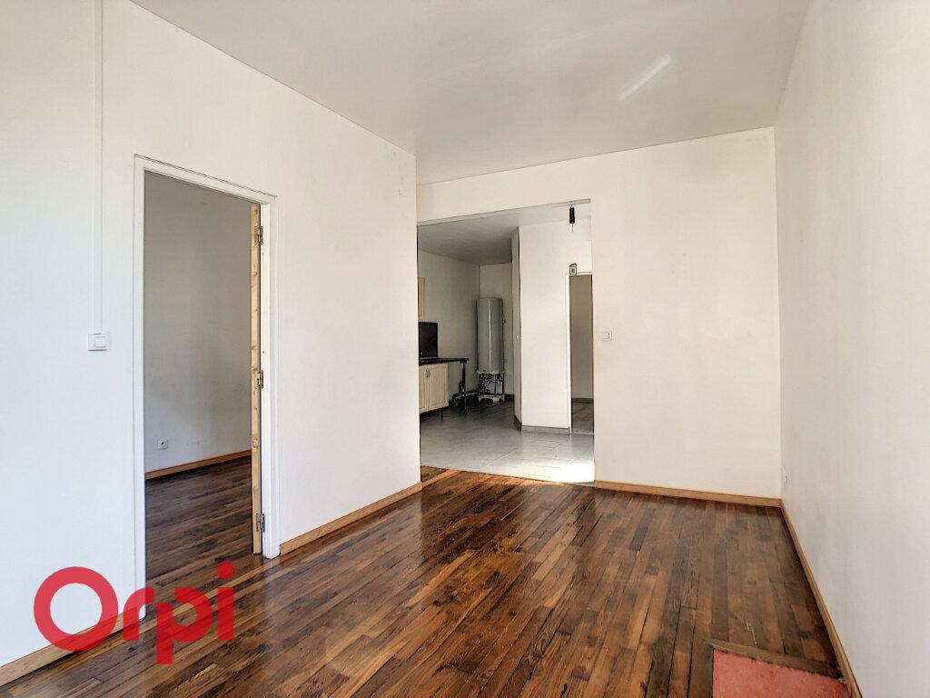 Appartement à louer 3 60m2 à Revigny-sur-Ornain vignette-1