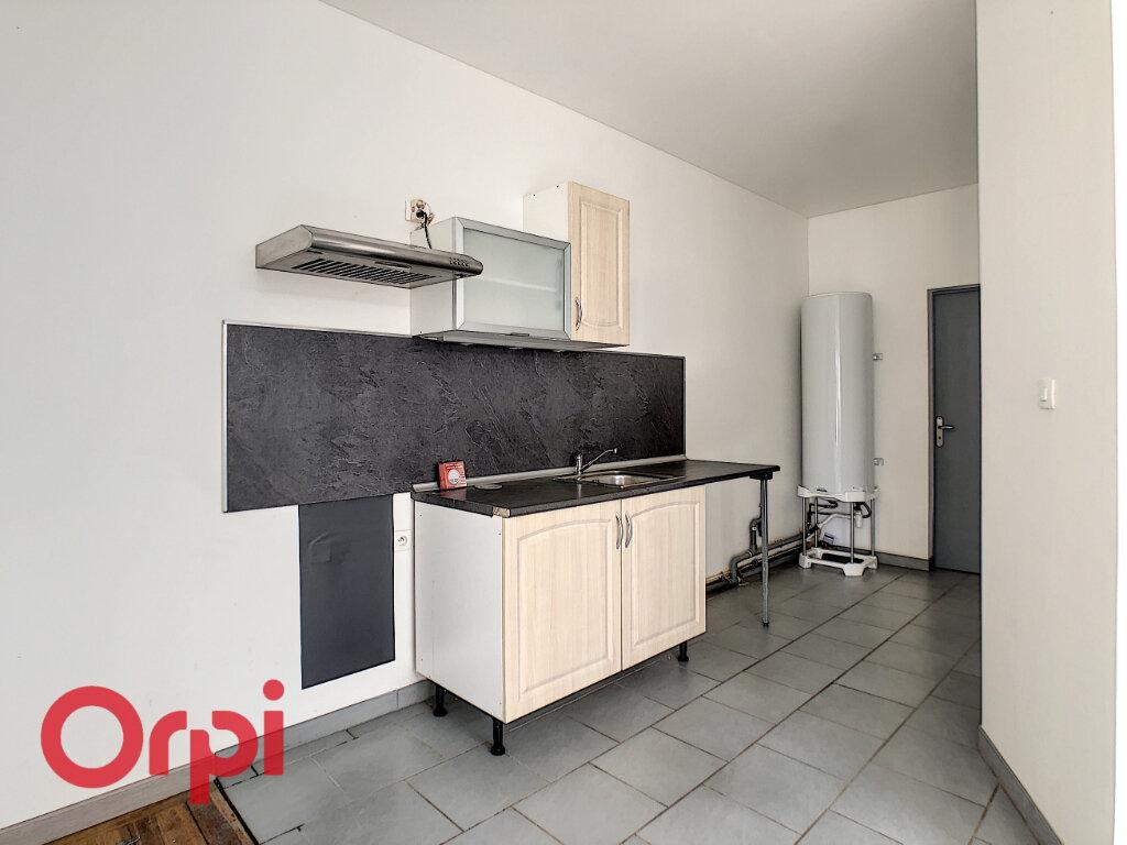 Appartement à louer 3 60m2 à Revigny-sur-Ornain vignette-5