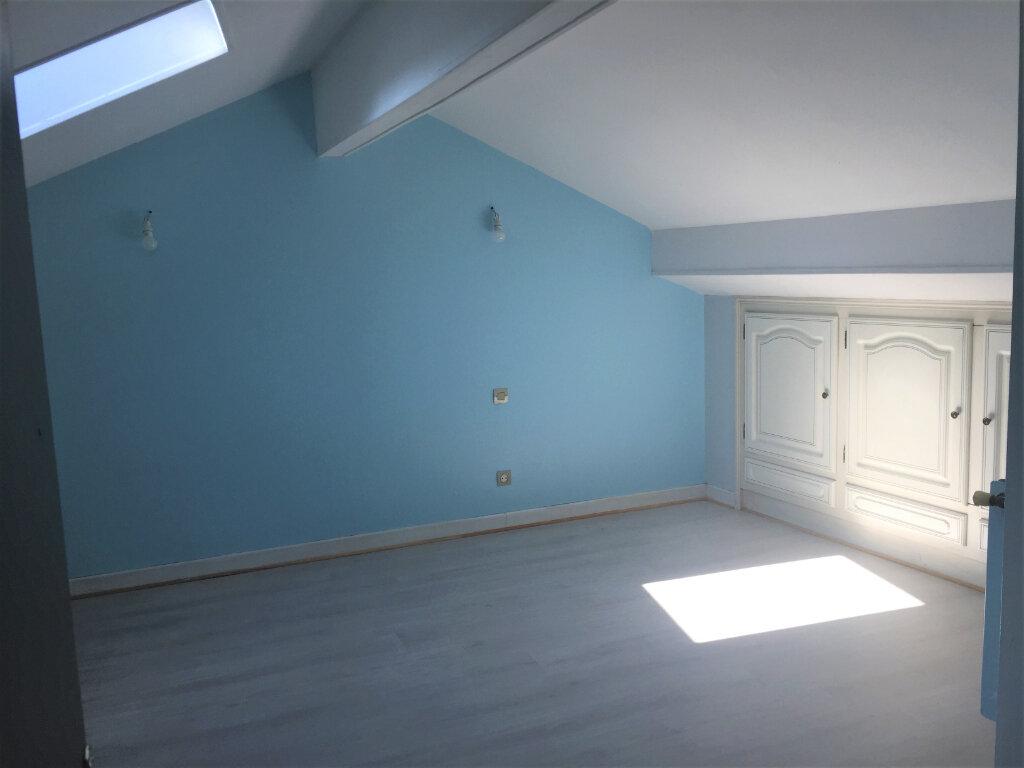 Appartement à louer 5 123m2 à Bar-le-Duc vignette-7