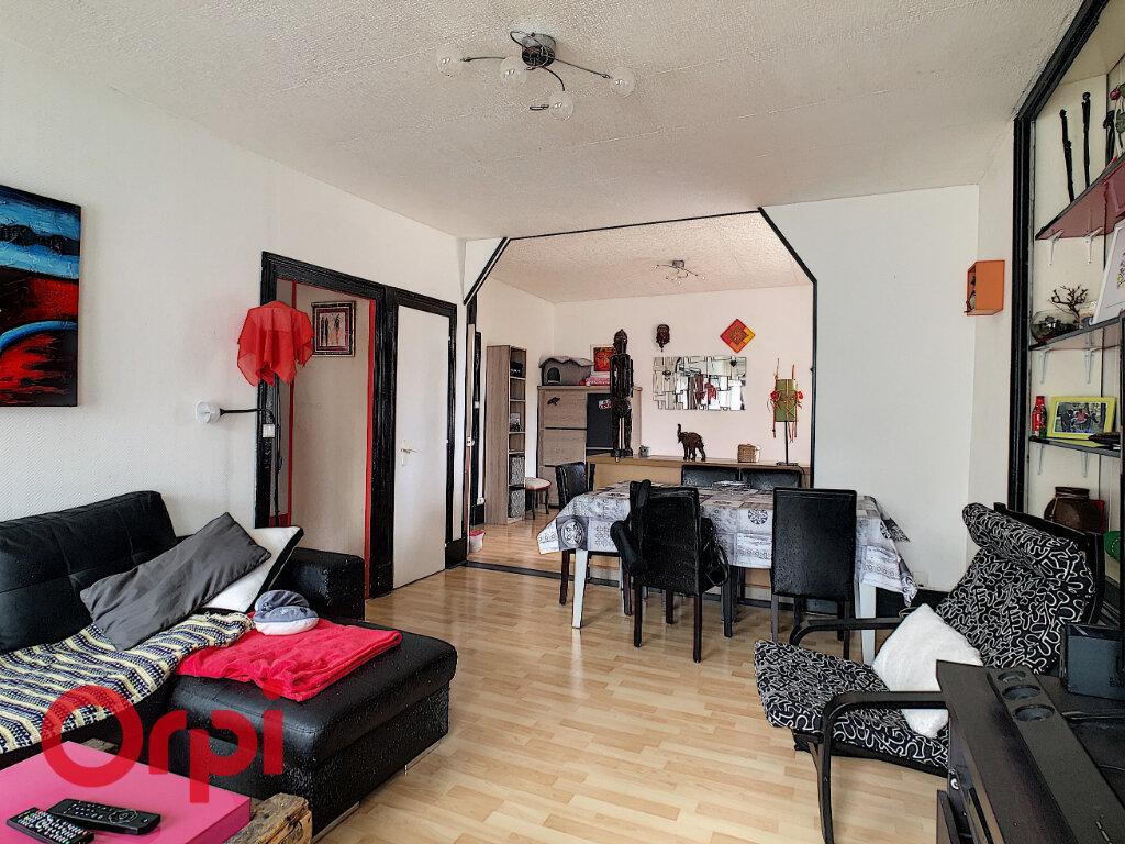Appartement à vendre 4 94.94m2 à Bar-le-Duc vignette-1