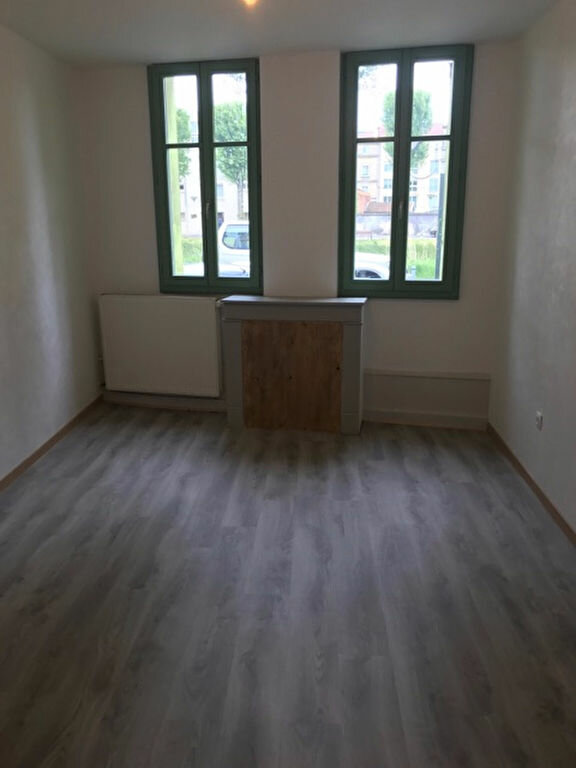 Appartement à louer 2 39.83m2 à Bar-le-Duc vignette-4