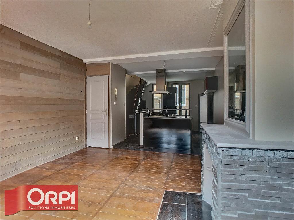 Appartement à louer 3 69m2 à Bar-le-Duc vignette-2